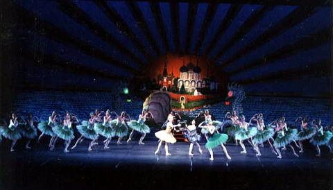 時の踊り ~歌劇「ジョコンダ」より~(ナタリヤ・ボスクレシェンスカヤ) 写真2